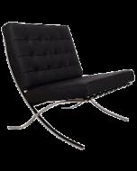 Zwarte design stoel Barcelona Ludwig Mies van der Rohe 1929